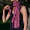 foulard-soie-teinture-naturelle-rose-cochenille-fer