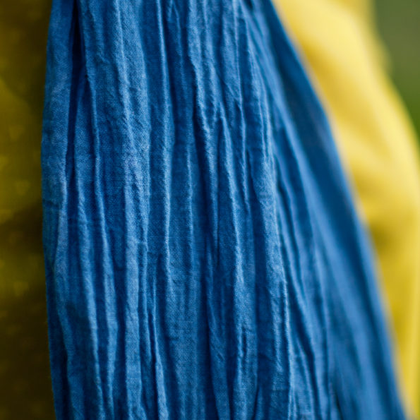 chèche-indigo-coton-bio-teinture-naturelle