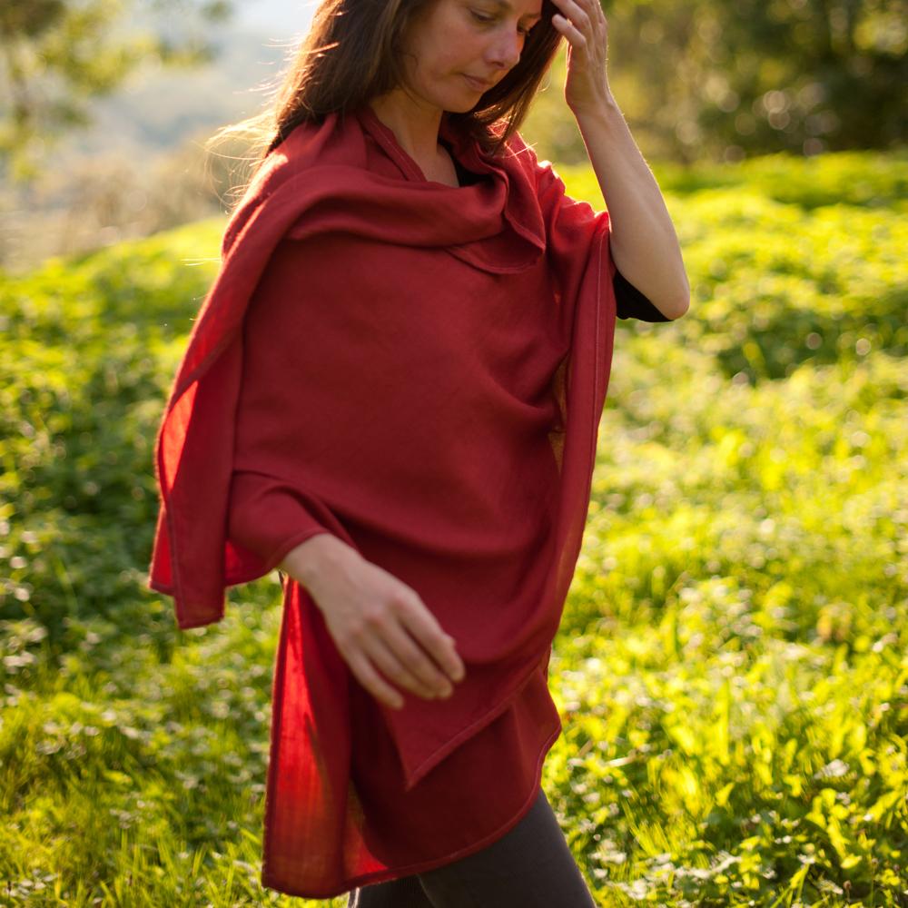 Etole laine teinture naturelle rouge garance cochenille 4 pelure d 39 0ignon - Teinture tissus naturelle ...